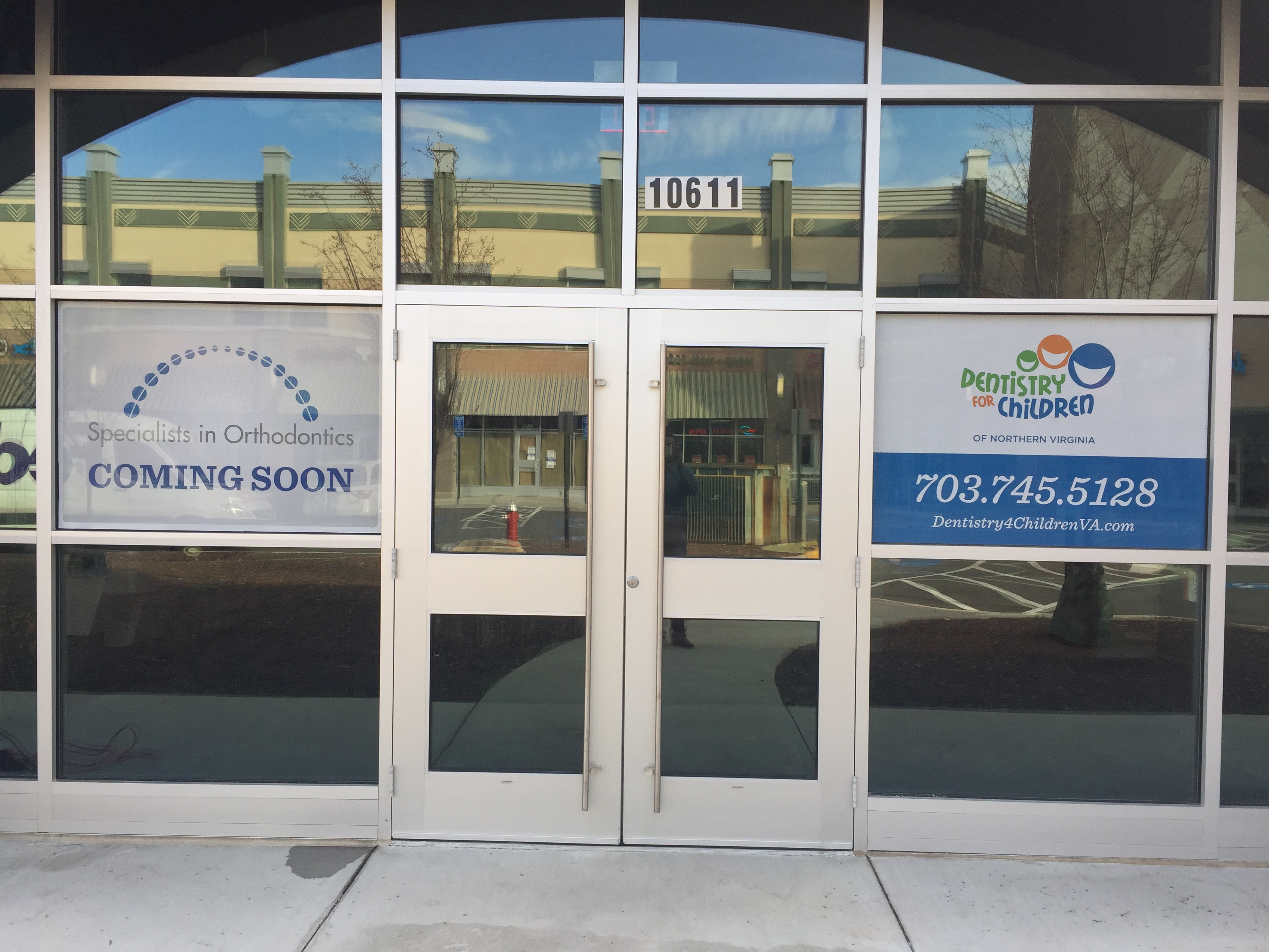 Fairfax Dentistry Door Graphics & Window Graphics by BeBold Signs - Sterling Fairfax Dullles ...