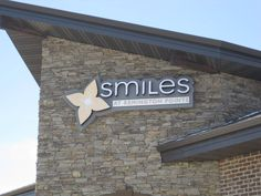 Sterling, VA – Dentist Offices Reinforce Image with Patients Using Custom Lobby Signs: Featured Product